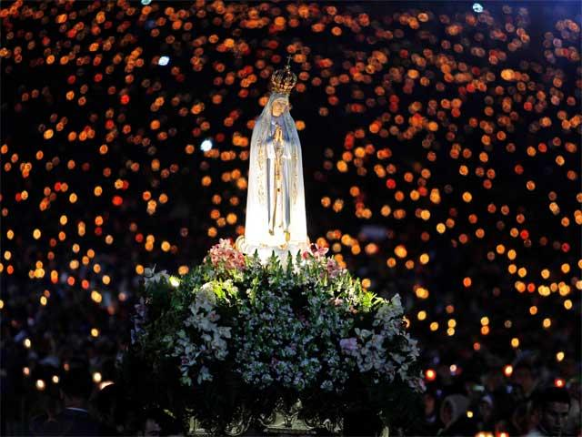 our lady of Fatima procession